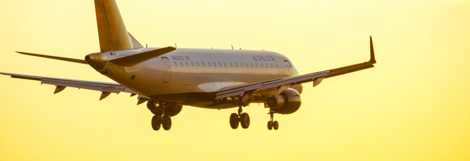 Traveling By Plane? Plan Ahead With These Tips