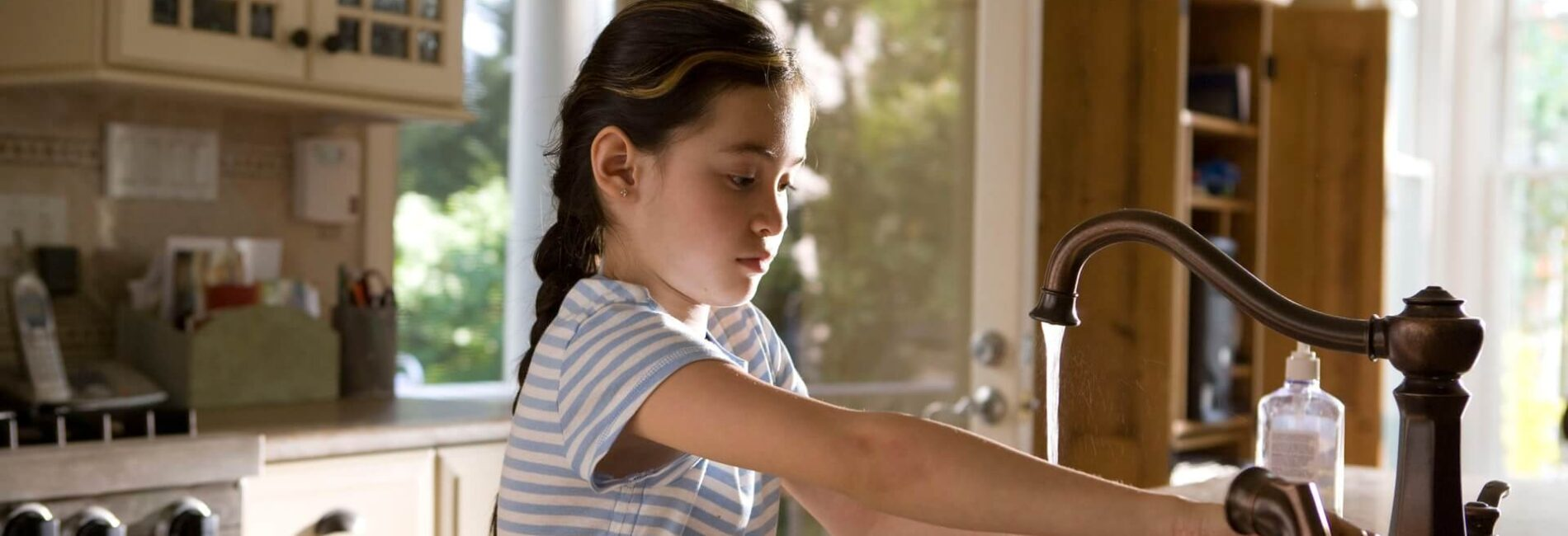 No Time to Clean? 'Wipe-and-a-Promise' Quick Cleaning Tips