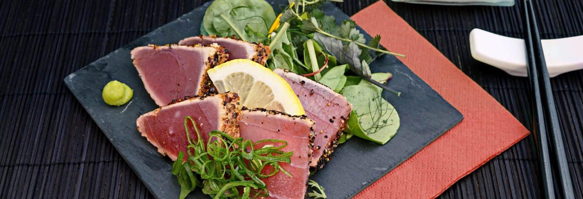 Tuna Cakes with Dill Sauce
