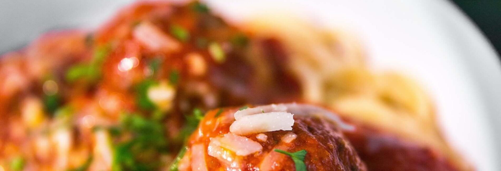 Meatballs in Sweet & Spicy Sauce – Great Super Bowl Appetizer